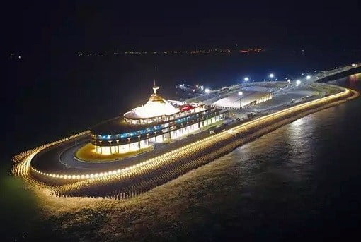 china-and-world-longest-sea-bridge-artificial-island-night-view