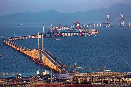 china-and-world-longest-sea-bridge-under-construction-2