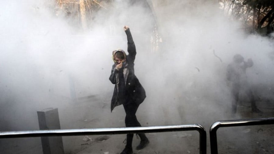 Is Iran Suffering a Color Revolution or Demanding a Change?