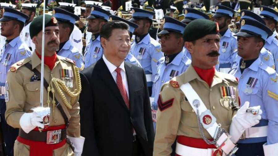 US Suspending Aid to Pakistan Benefits China and Russia