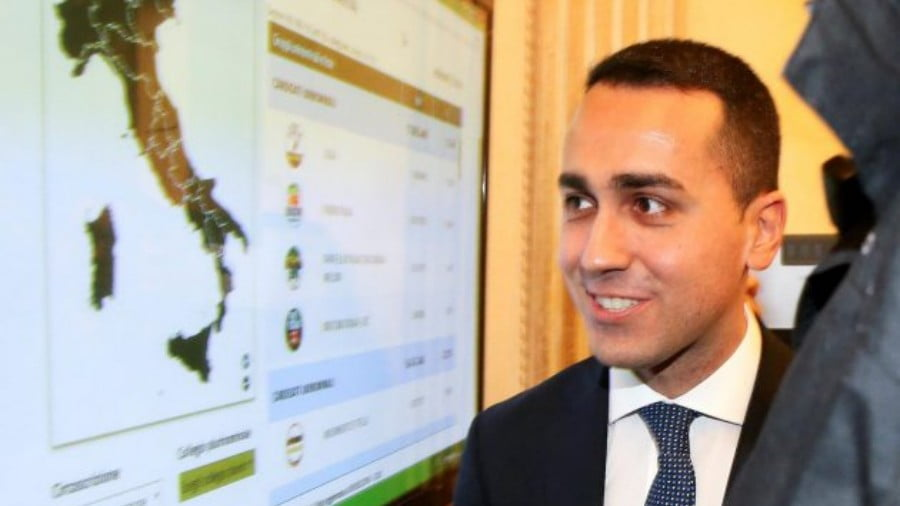 Five Star Movement leader Luigi Di Maio arrives before a news conference the day after Italy's parliamentary election, in Rome on March 5, 2018. Photo: Reuters / Alessandro Bianchi