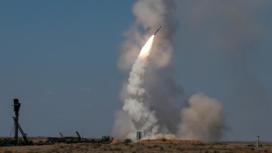 Russia Bows to US and Israel, No S-300s for Syria