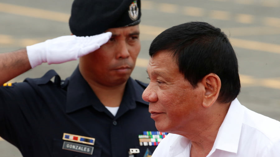 Is Duterte Really Threatening War with China? The Opposite may be True…