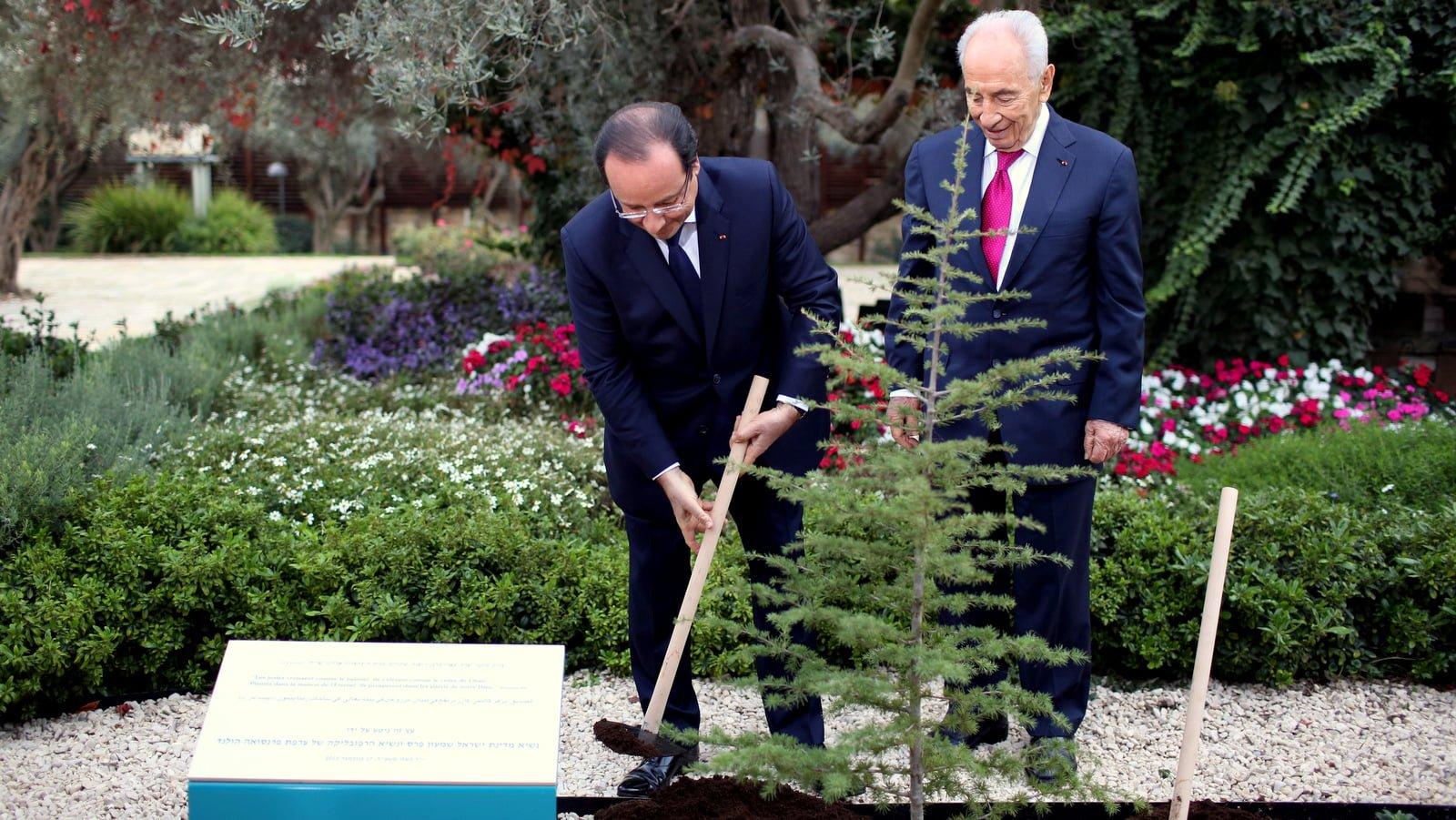 Shimon Peres, Francois Hollande