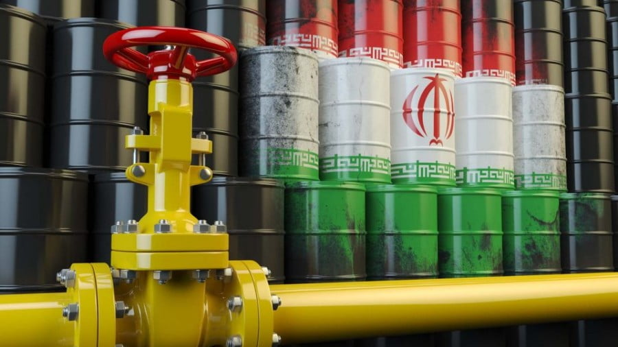 India buys Iranian oil with rupees, circumventing the US dollar. Illustration: iStock
