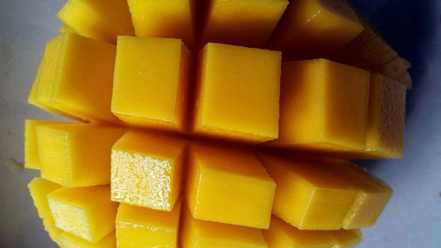 How Mangos Promote Gut Health