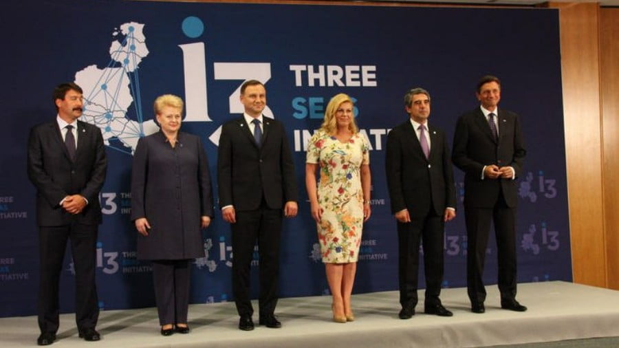The Battle of the Three Seas. Geopolitics of Central and Eastern Europe, US-Russia Confrontation