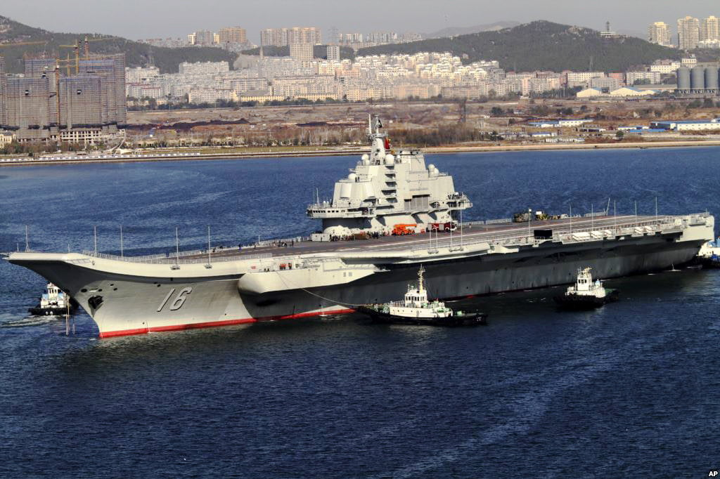 Chinese aircraft carrier Liaoning © Photo : Wikipedia/Voice of America