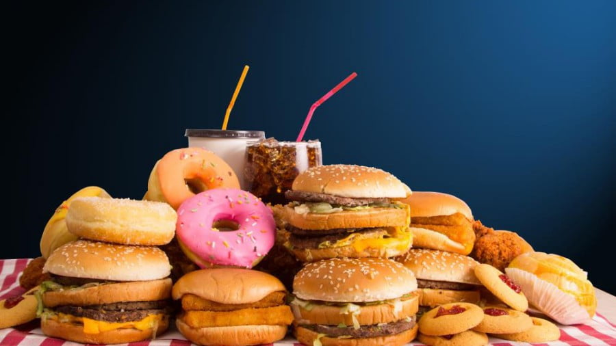 Large Study Reveals That Junk Food Really DOES Increase Your Risk for Cancer