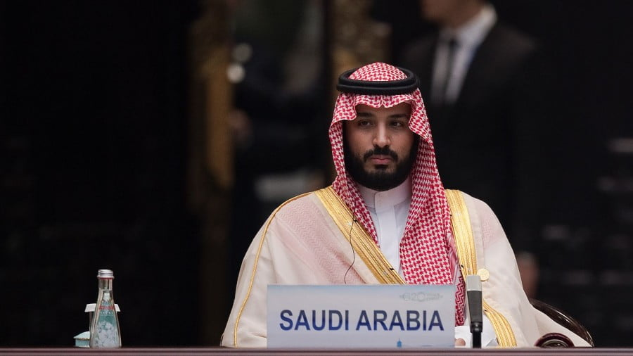 Can Mohammed bin Salman Hold Power While Juggling Trump, Putin and Oil All At Once