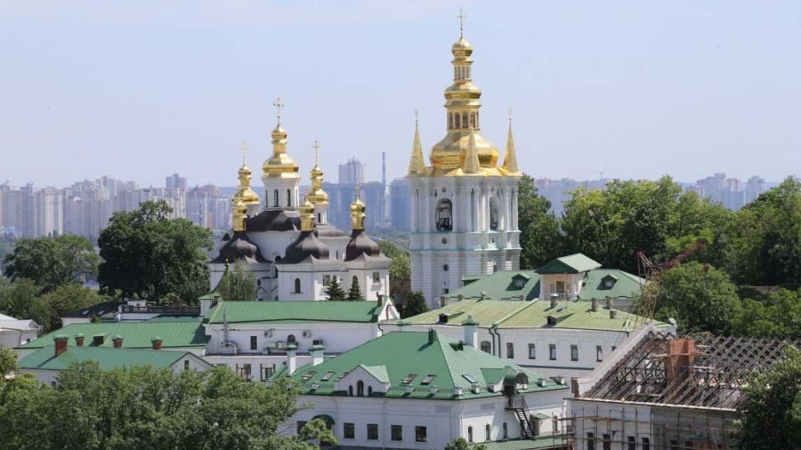 Whose Money Stoked Religious Strife in Ukraine – and Who Tried to Steal It?