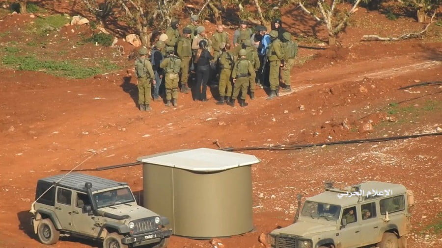 Hezbollah and Israel on Full Alert on the Borders: a Popcorn Operation!