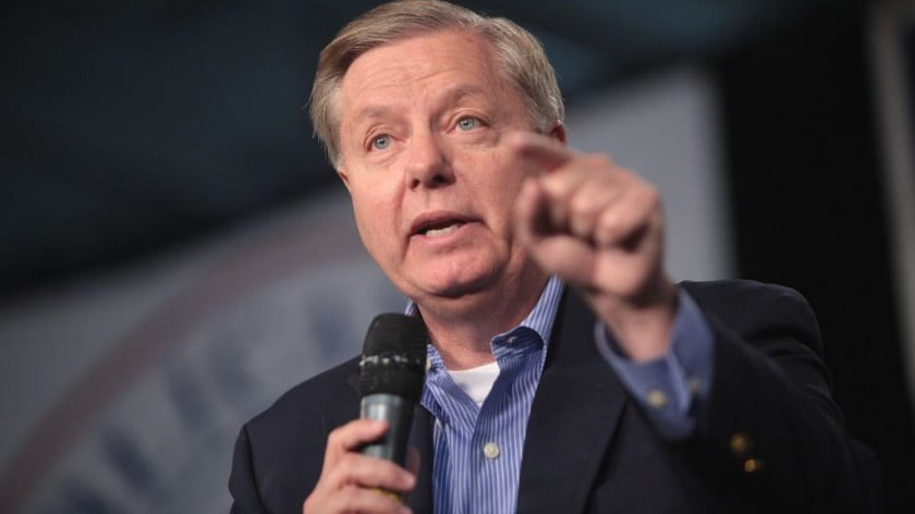 Lindsey Graham Prophesies 'Iraq on Steroids' Syria Scenario. Israel Obliges with Attack on Damascus