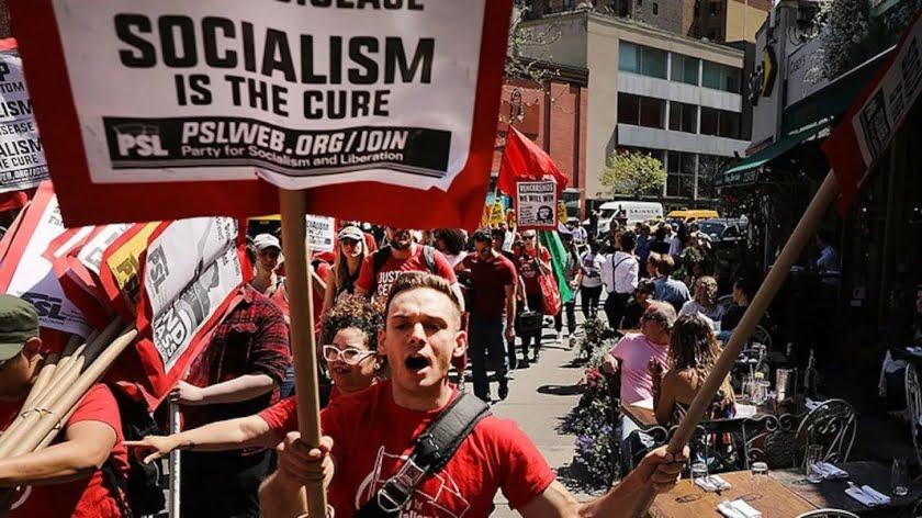 Americans Cozy Up to Socialism as Neocons Pursue Regime Change in Venezuela