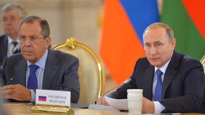 Despite the Citizenship Stunt Donbass Won't Unite with Russia