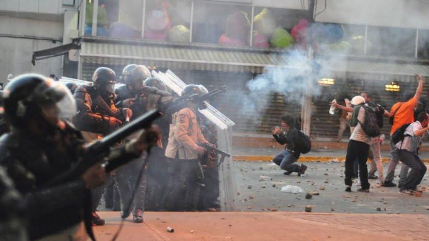 Trump's Encircling of Venezuela: A Fool's Errand
