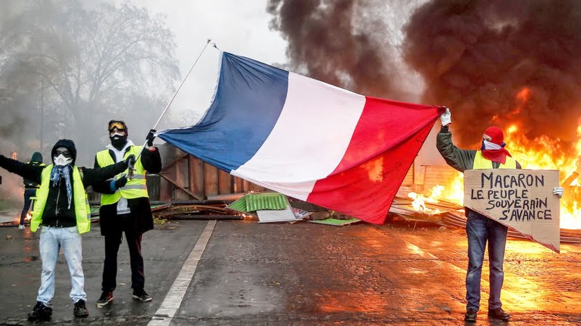 France: Man the Barricades