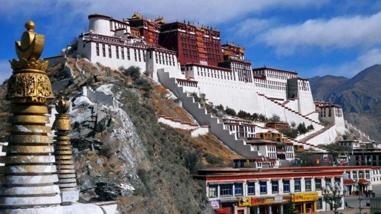 US Targets China over Tibet
