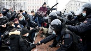 American Hypocrisy Towards Unauthorized & Violent Protests Must End