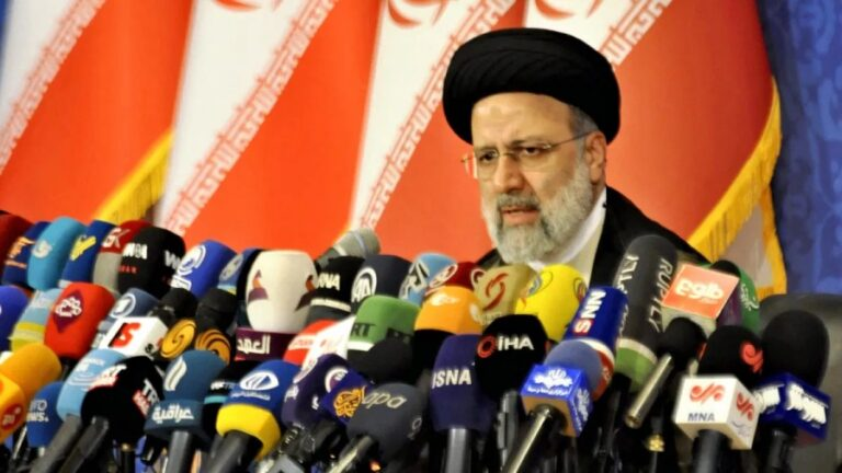 A Sovereign Iran will Move Closer to Russia-China