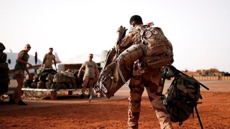 Paris Announces Troops Withdrawal from Mali, Admitting Failure of Its Sahel Strategy